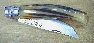 Opinel N°7 en corne jaspée